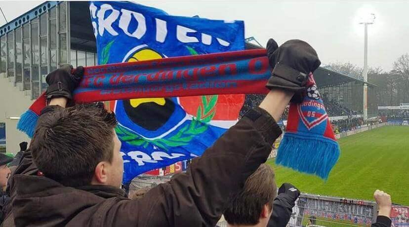 Aanmoedigen met een sjaal en vlag. Bron: @renehulshoff
