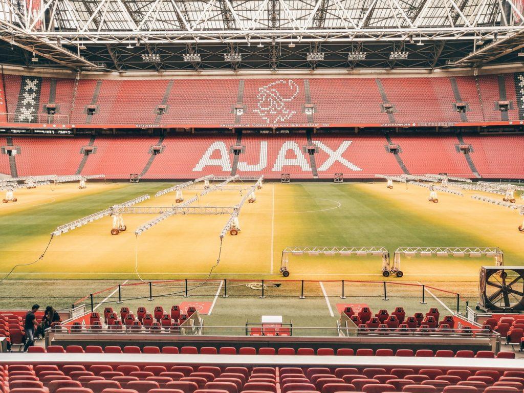 5 voetbalshirts van Ajax voor de echte supporters of liefhebbers