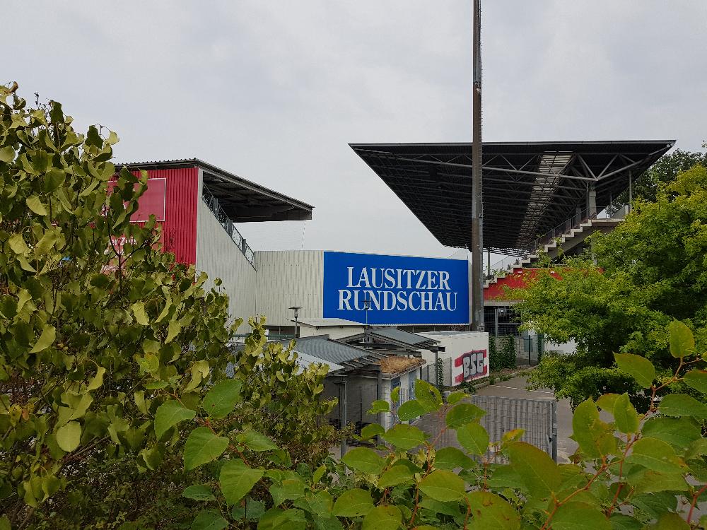 Blik op Poststadion
