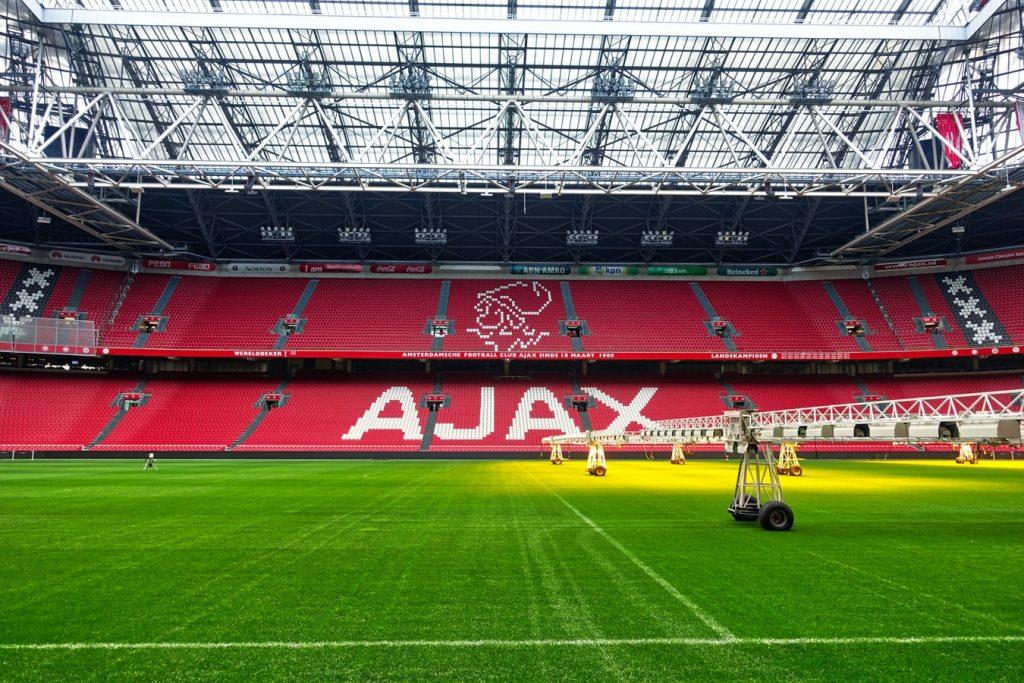 Door deze 5 boeken kom je meer te weten over Ajax