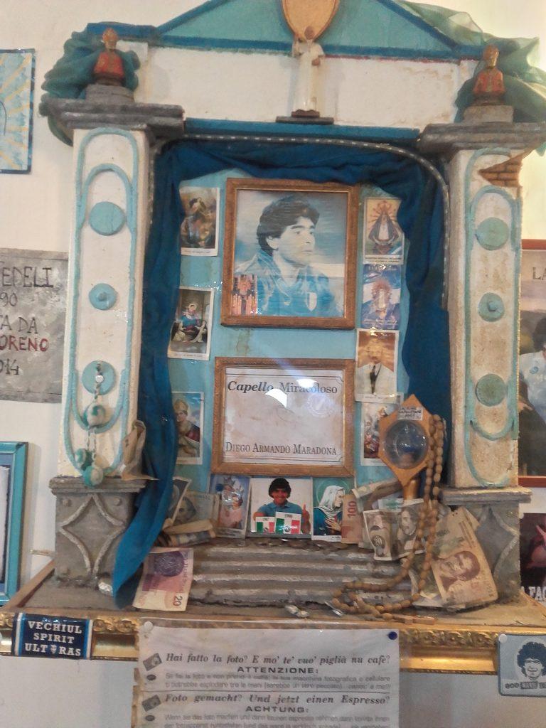 Het altaar in Bar Nilo