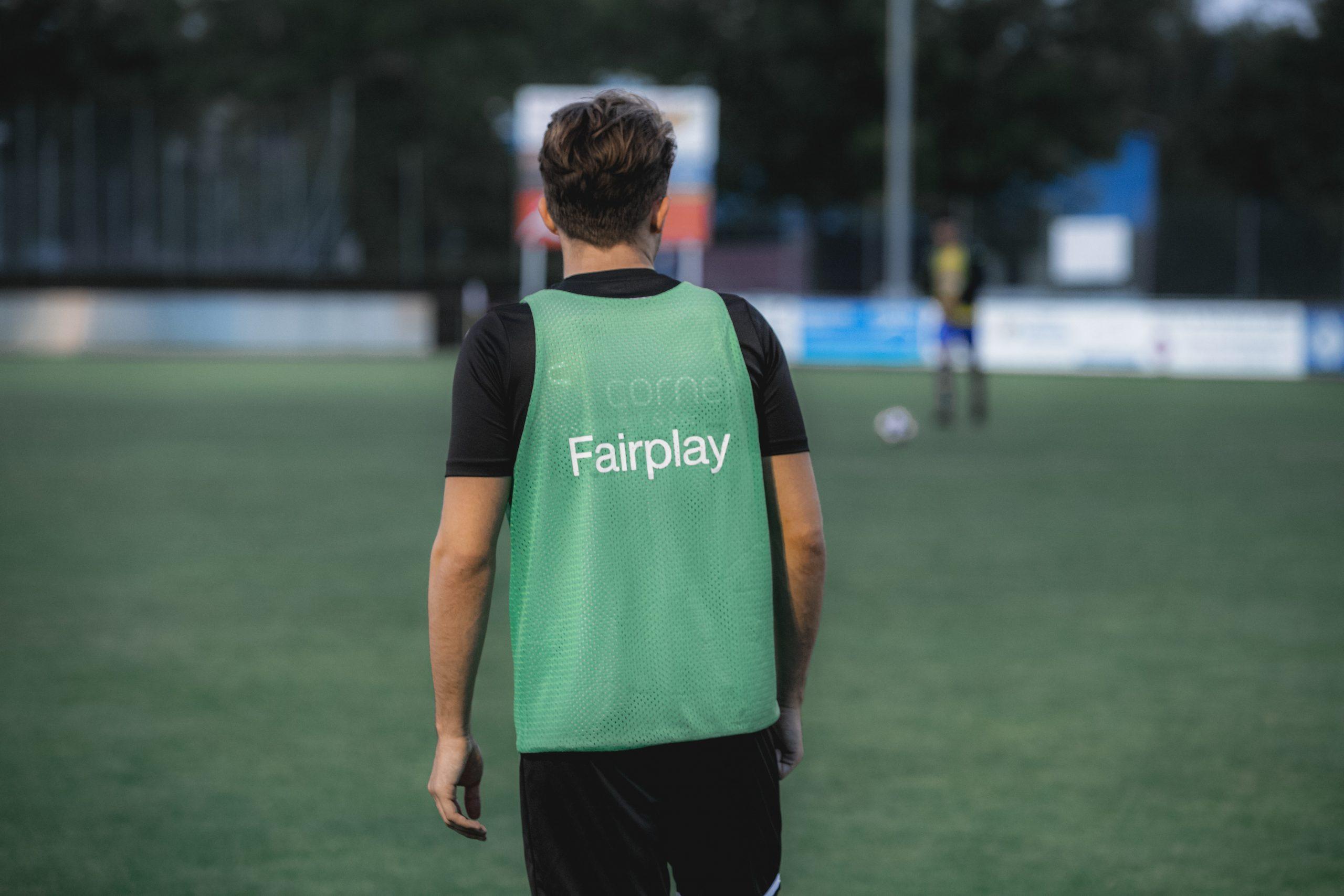 Originele voetbalshirts – de manier met oude en klassieke tenues