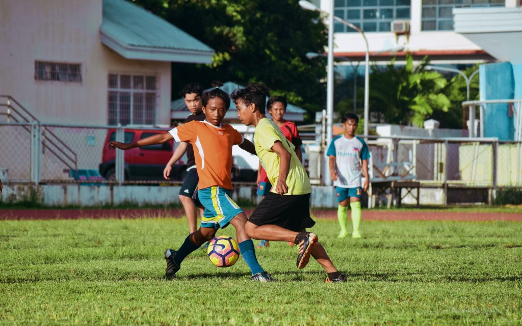 Voetbalshirt ontwerpen – creëer je eigen stijl met officiële merken